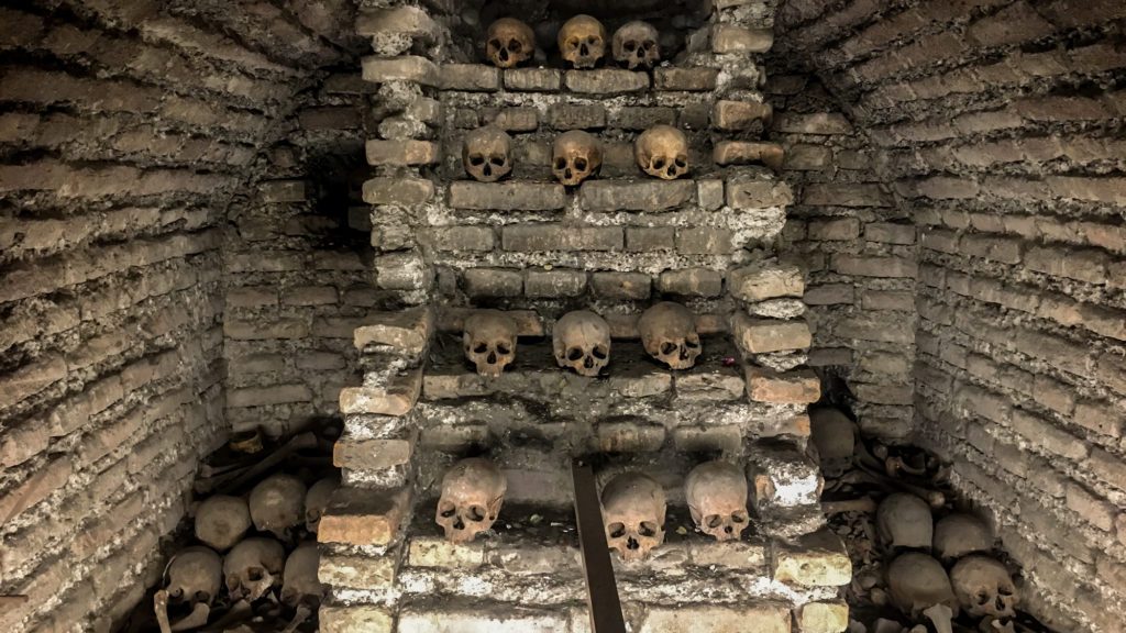 More bones at the cheap Lima attraction, the San Francisco Catacombs