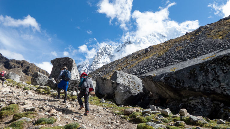 What are the best natural remedies for altitude sickness?