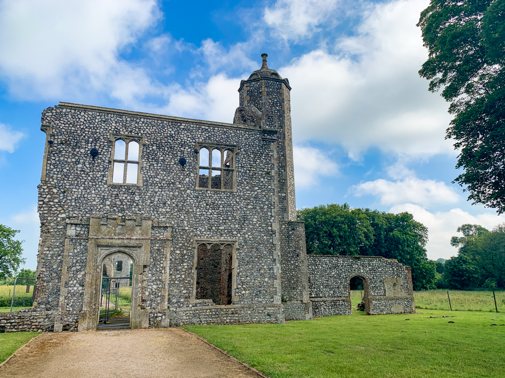 Outer Gatehouse at Baconsthorpe Castle