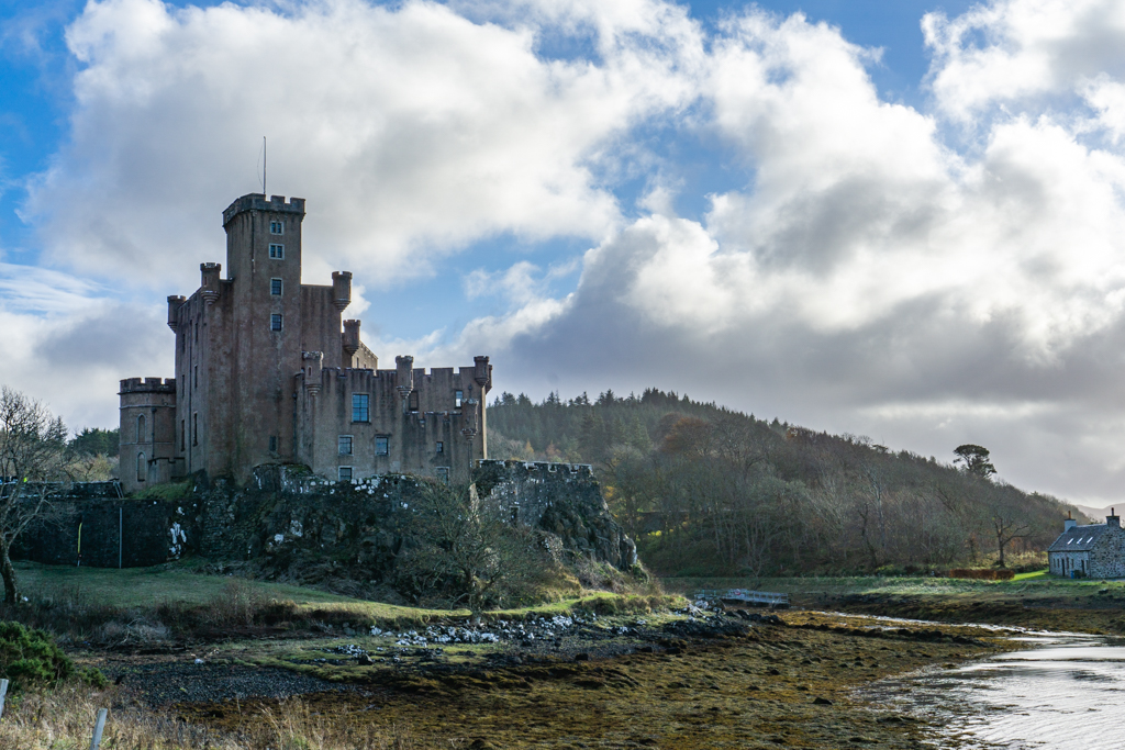 Castles on the Isle of Skye You Need to Visit!