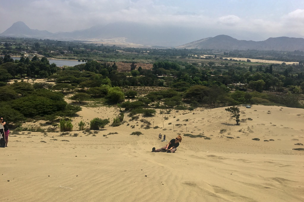 How to Sandboard: A Beginners Guide for the Incompetent